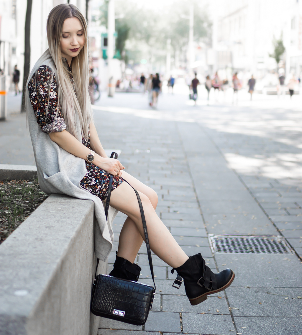 How to wear floral print in Fall