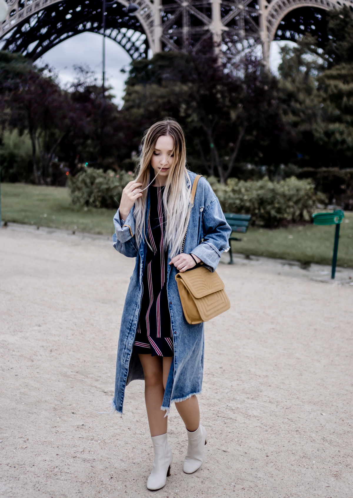 How to Wear an Oversized Denim Coat