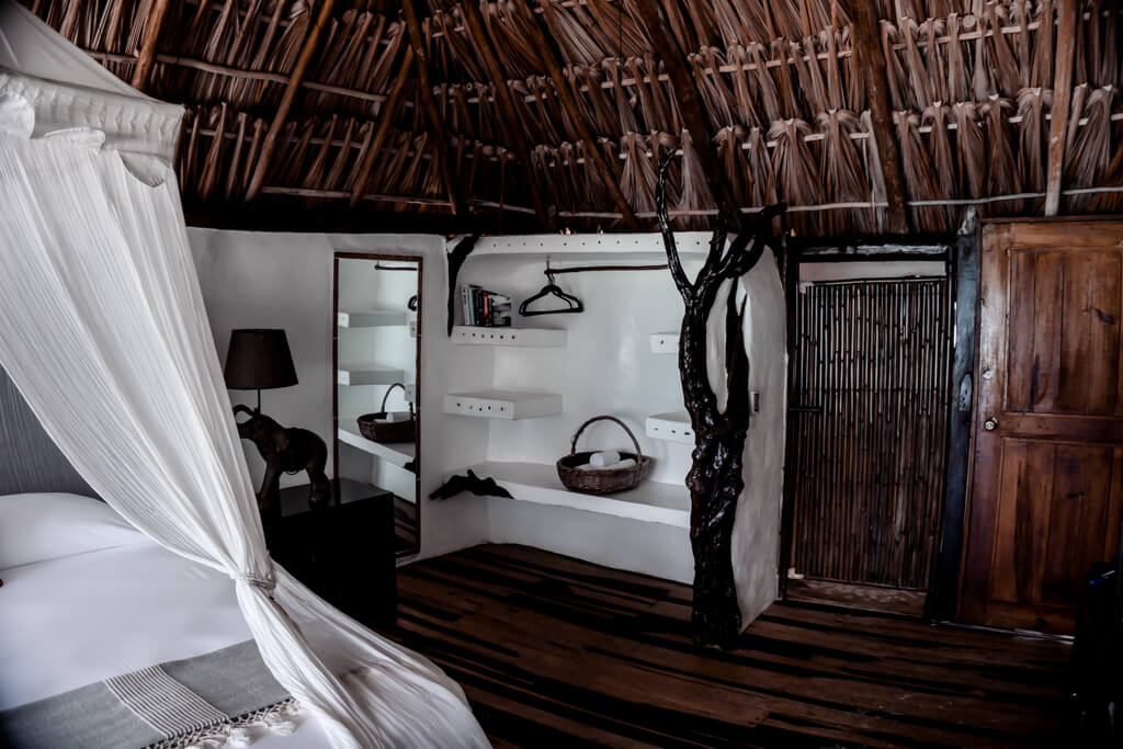 Dream Bed Hotel Luv Tulum