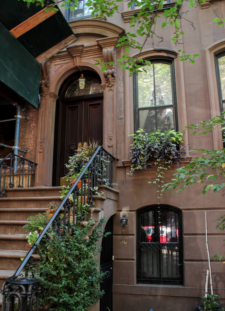 New York City Guide: Carrie Bradshaw House