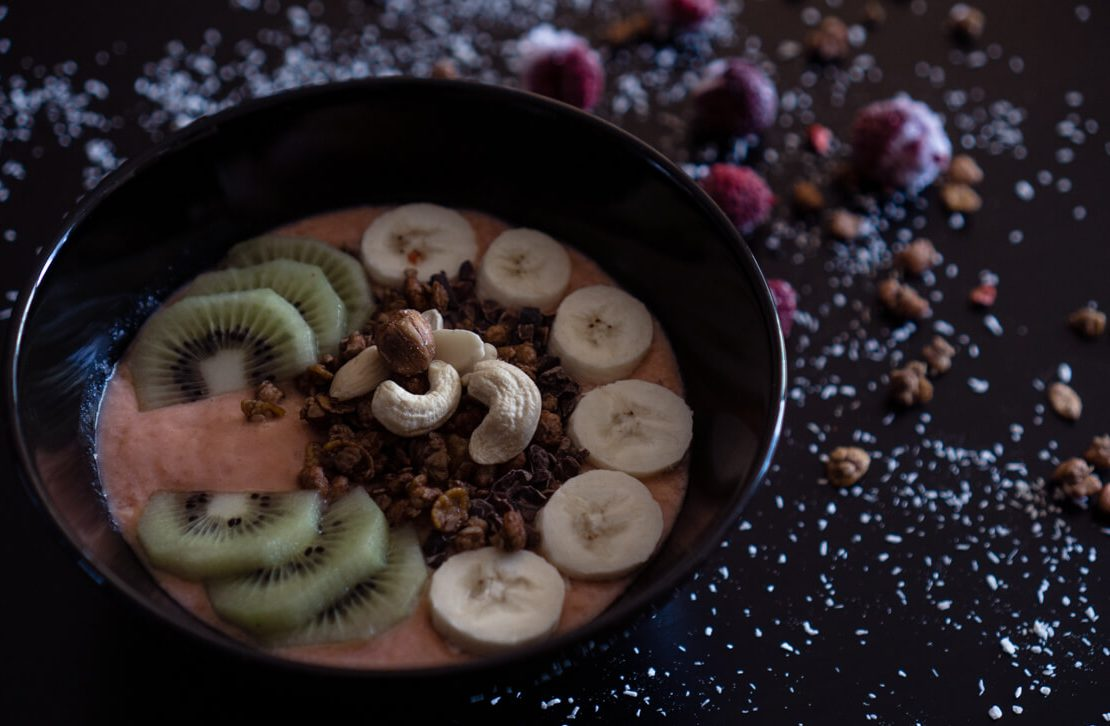 How to Make a Smoothie Bowl Recipe