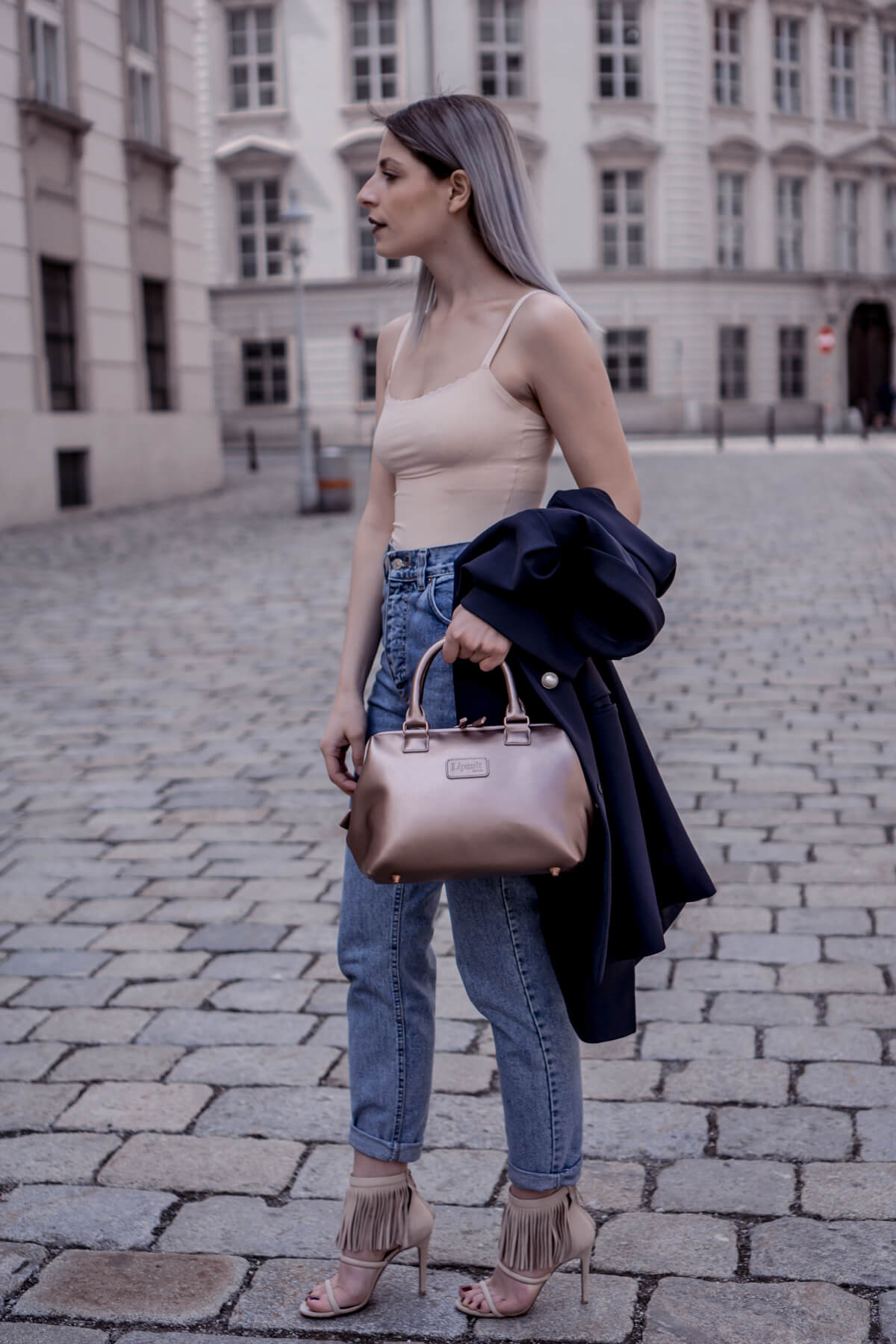Vintage Levis Jeans combined with nude tones