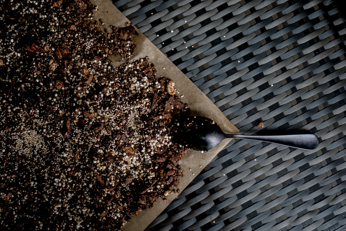 Homemade chocolate superfood granola by The Cosmopolitas
