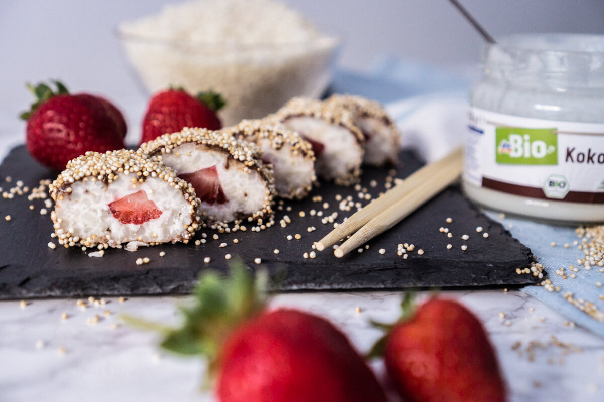Sweet Coconut-Strawberry Sushi, vegan, gluten-free