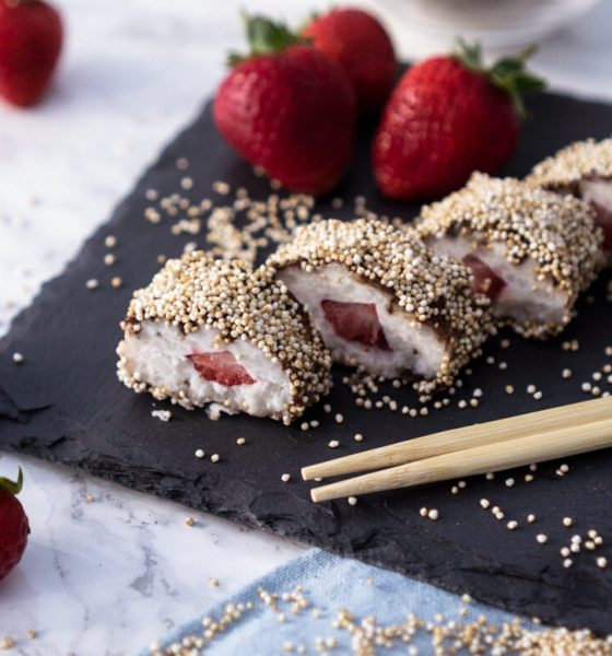 SUSHI AS A DESSERT: SWEET STRAWBERRY-COCONUT SUSHI | vegan, gluten-free