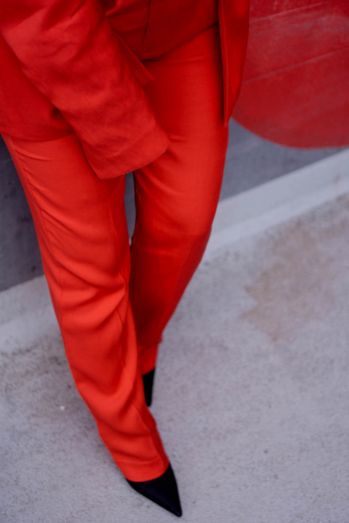 How to wear: Red Pantsuit