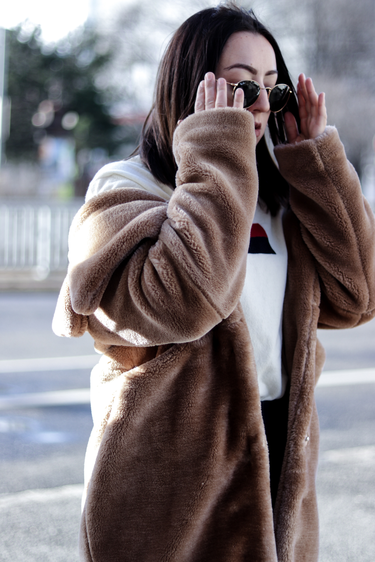 How to style a teddy coat?