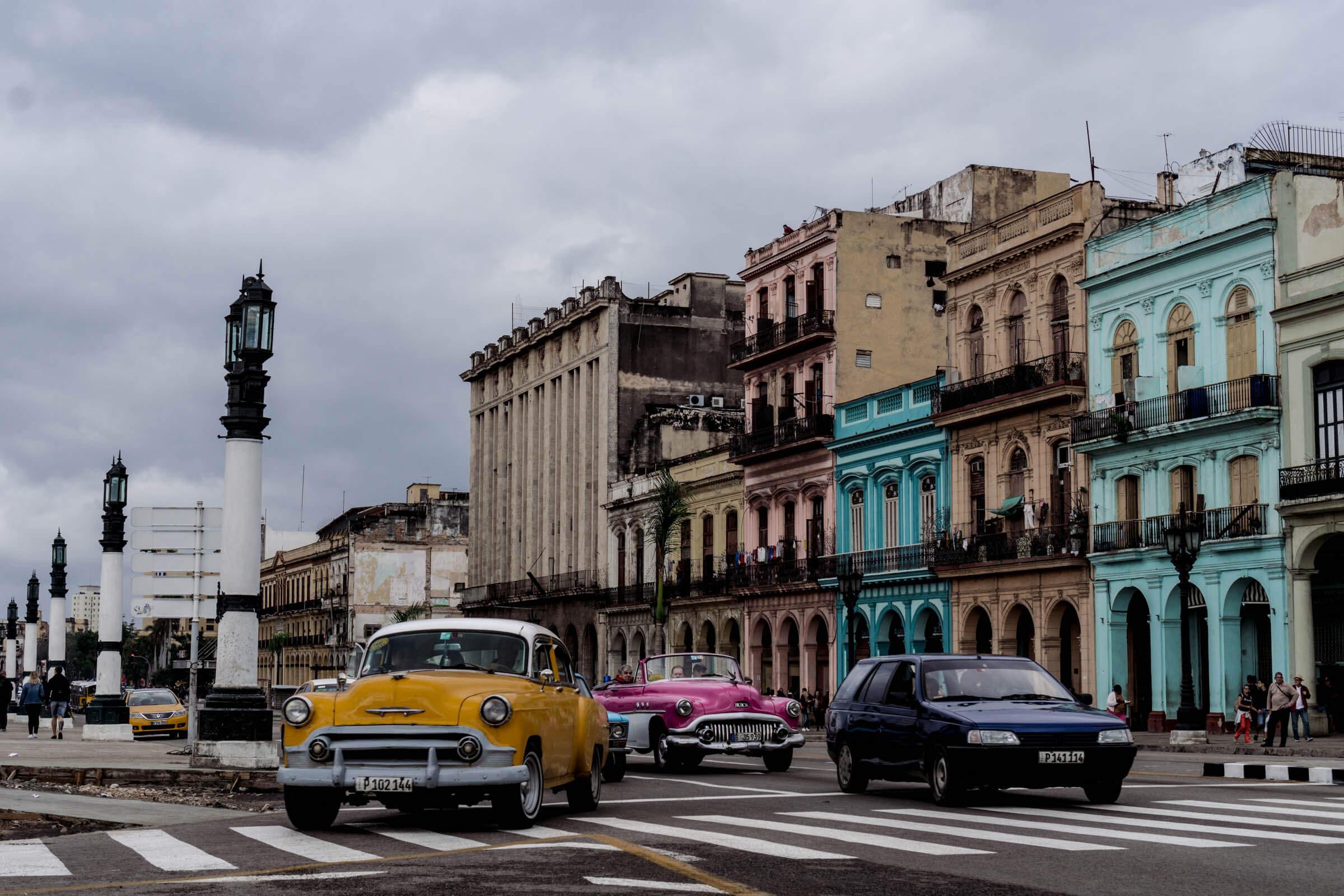 In Havanna Unterwegs mit Taxi