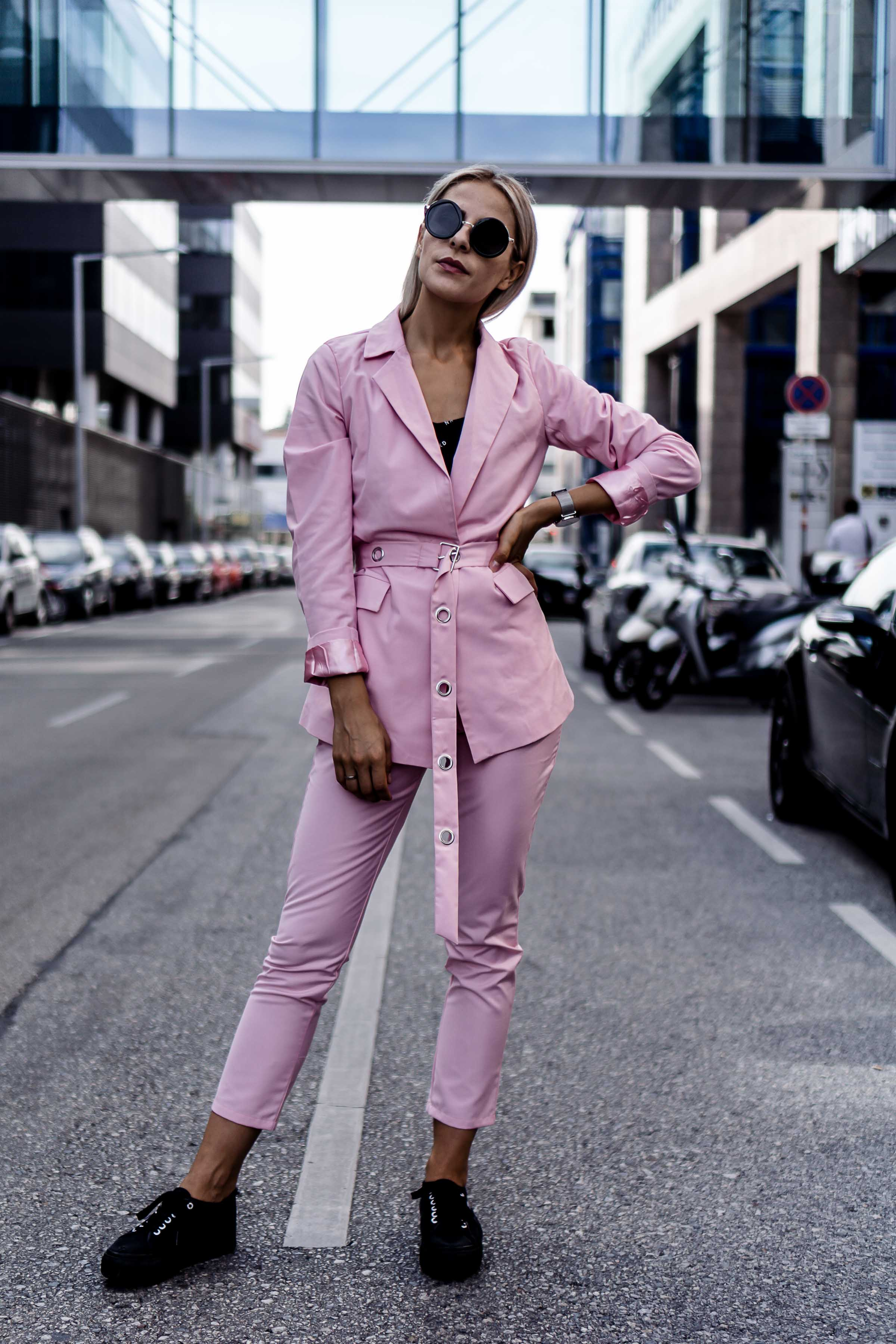 How to style a pink pantsuit?