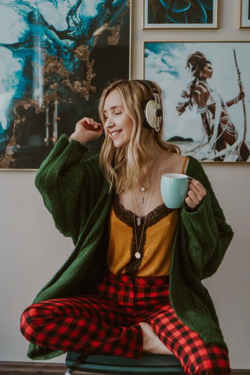 5 Personal Development Podcasts to Get You Motivated