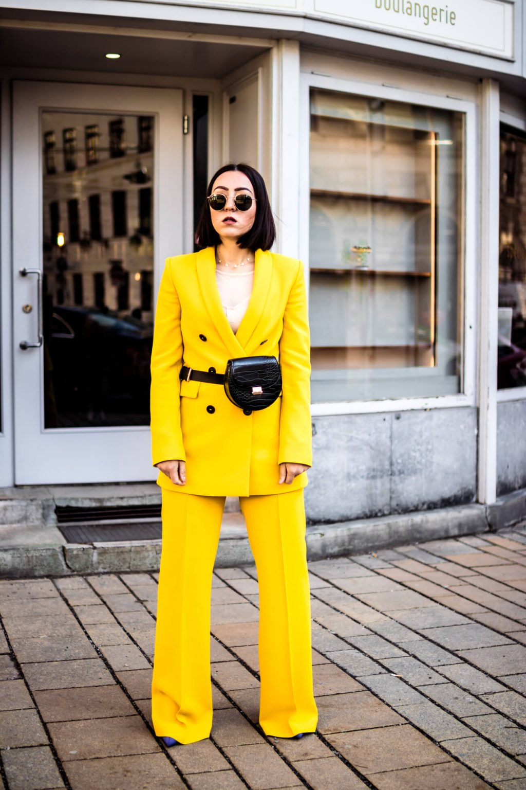 How to style yellow color?