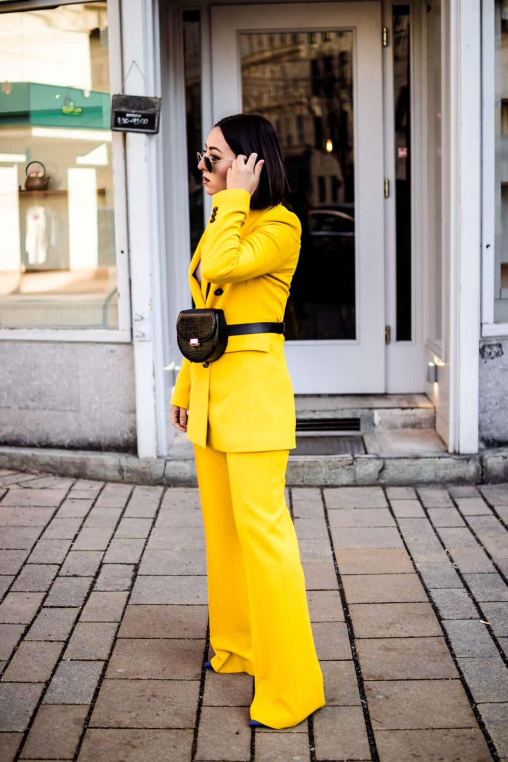 Yellow - trend color 2019