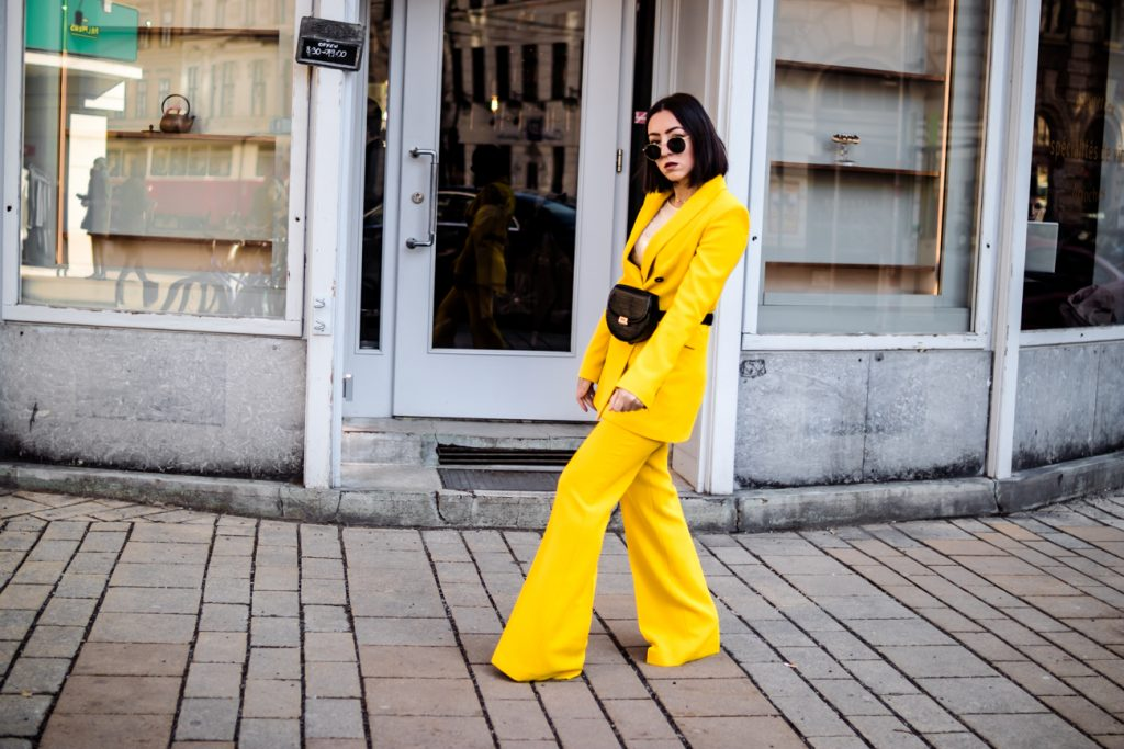 PANTONE SPRING COLOR TREND 2019 - YELLOW