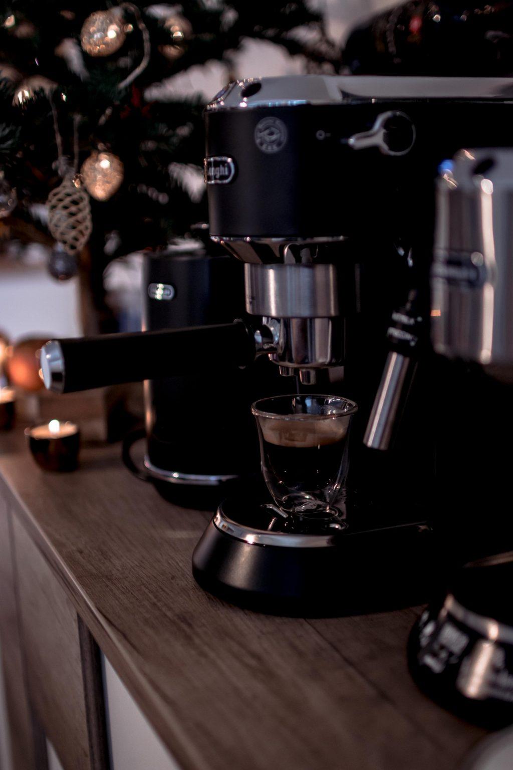 Leistbare Siebträger Kaffeemaschine