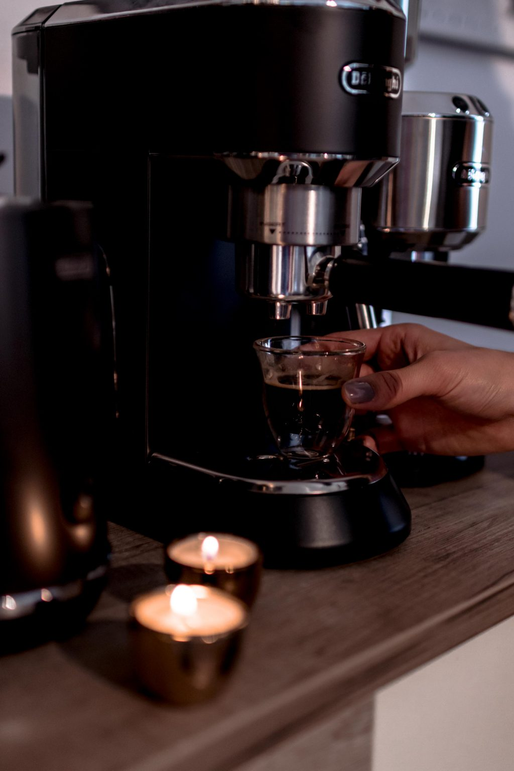 Dedica EC 685.M Siebträger Kaffeemaschine
